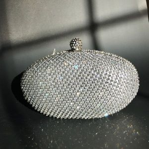 Sparkly silver diamonds Clutch bag